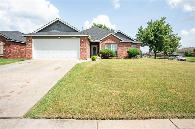 12103 N 107th East Avenue, Collinsville, OK 74021 (MLS #2124702) :: Hopper Group at RE/MAX Results