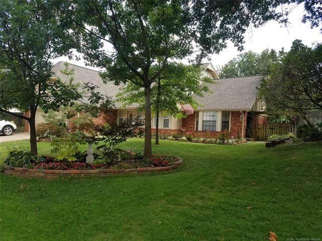 7524 E 64th Street, Tulsa, OK 74133 (#2124722) :: Homes By Lainie Real Estate Group