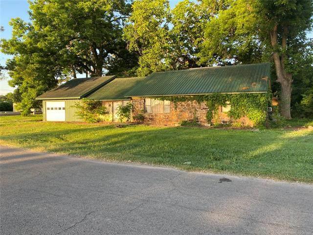 102 River Road, Webber Falls, OK 74470 (MLS #2124776) :: Active Real Estate