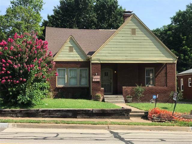 3311 E 4th Street, Tulsa, OK 74112 (MLS #2124938) :: 918HomeTeam - KW Realty Preferred