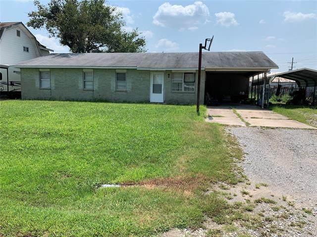 108 E 6th Street, Wynona, OK 74084 (MLS #2124939) :: Owasso Homes and Lifestyle