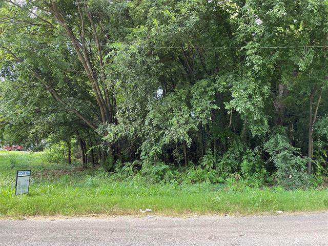 700 E Williams, Wynnewood, OK 73098 (MLS #2125009) :: Active Real Estate