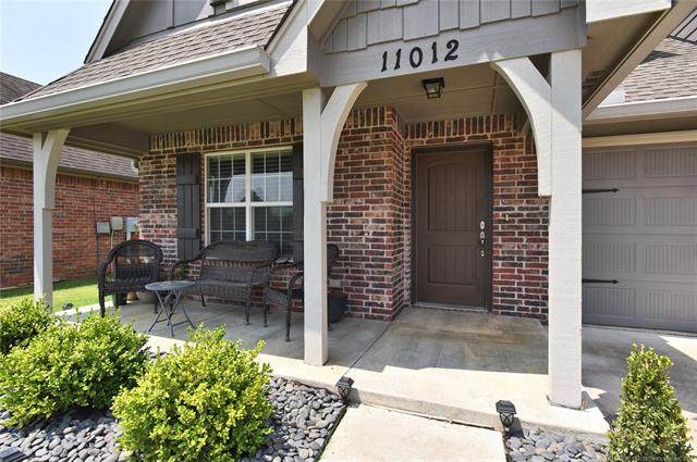 11012 S Olmsted Street, Jenks, OK 74037 (MLS #2125010) :: Owasso Homes and Lifestyle