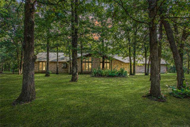 22866 NS 420 Road, Nowata, OK 74048 (MLS #2125027) :: Hopper Group at RE/MAX Results