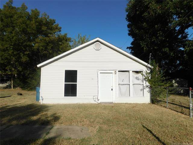 525 S 5th, Mcalester, OK 74501 (#2125241) :: Homes By Lainie Real Estate Group