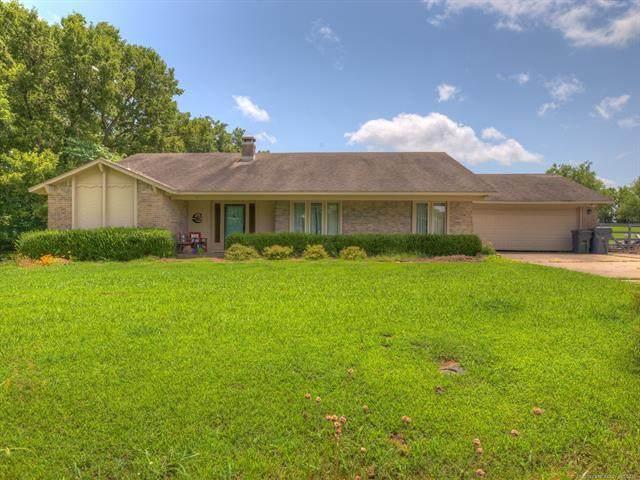2922 W 120th Street S, Jenks, OK 74037 (MLS #2125455) :: Active Real Estate