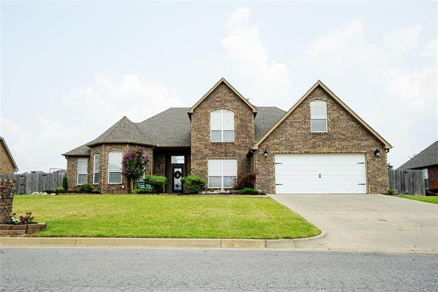 1414 Richmond Drive, Fort Gibson, OK 74434 (MLS #2125992) :: Owasso Homes and Lifestyle