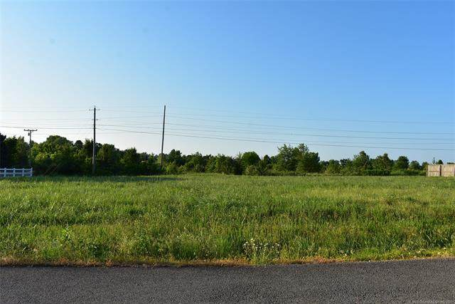 18018 W Dusty Avenue, Tahlequah, OK 74464 (MLS #2126229) :: Hopper Group at RE/MAX Results