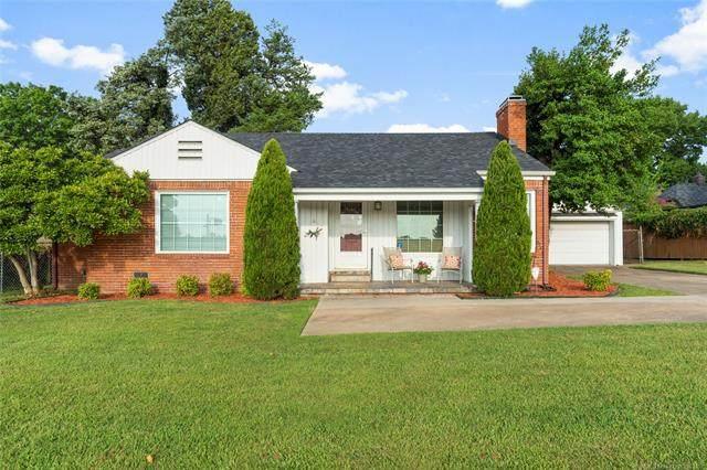 2420 S Utica Avenue, Tulsa, OK 74114 (MLS #2126692) :: Owasso Homes and Lifestyle