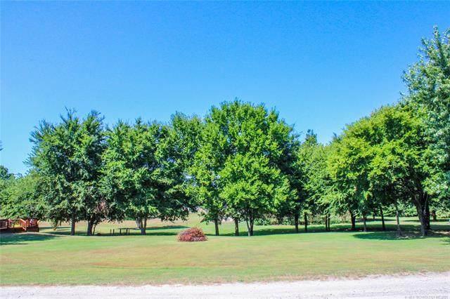 36 Dogwood Trail, Eufaula, OK 74432 (MLS #2126717) :: 918HomeTeam - KW Realty Preferred