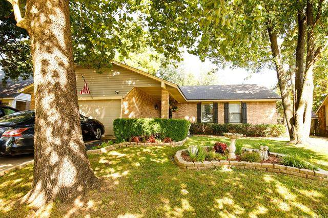 3335 S 148th East Avenue, Tulsa, OK 74134 (MLS #2126913) :: Owasso Homes and Lifestyle