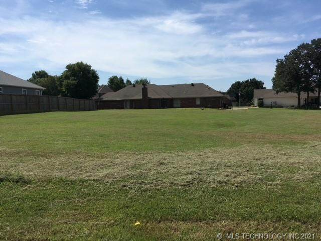 Harris Avenue, Muskogee, OK 74403 (MLS #2127076) :: Owasso Homes and Lifestyle