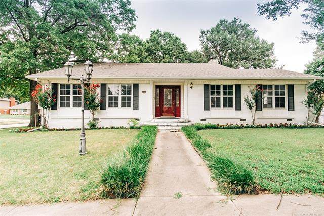 5805 E 62nd Street, Tulsa, OK 74136 (MLS #2127934) :: Hopper Group at RE/MAX Results
