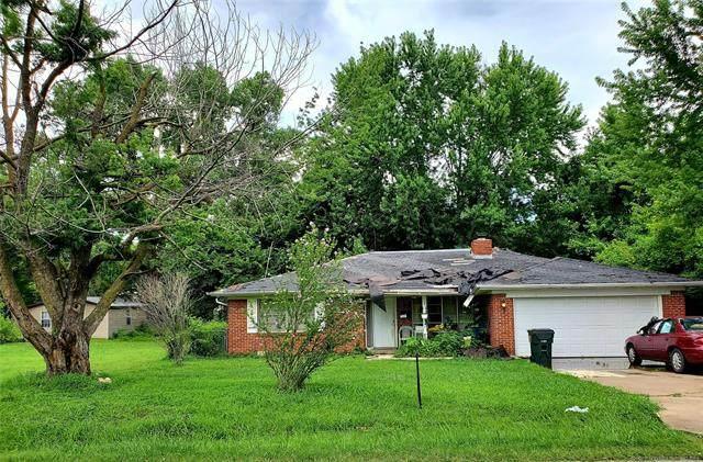 1609 E 9th Street, Okmulgee, OK 74447 (MLS #2128108) :: 918HomeTeam - KW Realty Preferred