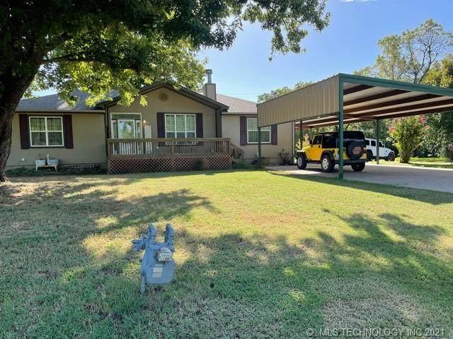 1316 S Linwood, Cushing, OK 74023 (MLS #2128334) :: Owasso Homes and Lifestyle