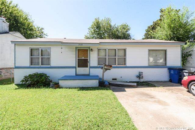 3528 W 42nd Place, Tulsa, OK 74107 (MLS #2128378) :: Owasso Homes and Lifestyle