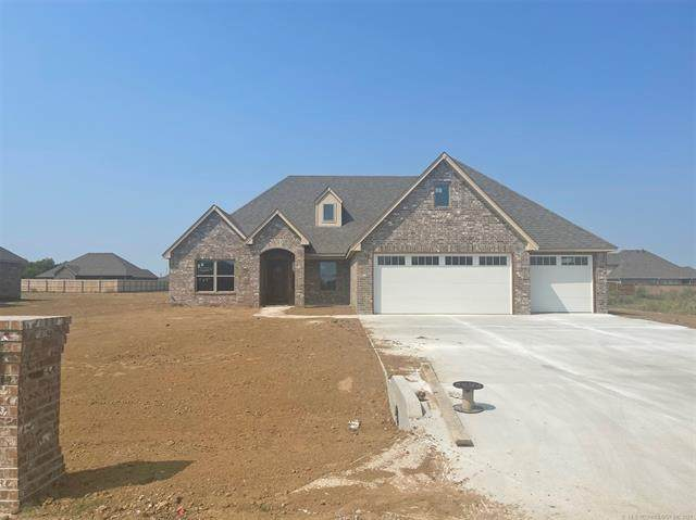 14224 N 69th East Avenue, Collinsville, OK 74021 (MLS #2128433) :: Owasso Homes and Lifestyle