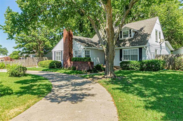 915 15th Avenue NW, Ardmore, OK 73401 (MLS #2128633) :: 918HomeTeam - KW Realty Preferred