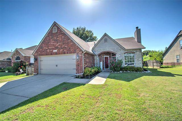 11630 S 104th Avenue, Bixby, OK 74008 (MLS #2128769) :: Active Real Estate