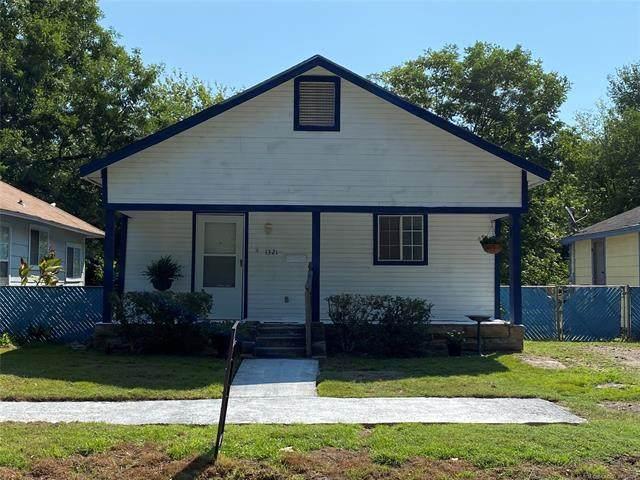 1321 N Griffin Avenue, Okmulgee, OK 74447 (MLS #2129170) :: 918HomeTeam - KW Realty Preferred