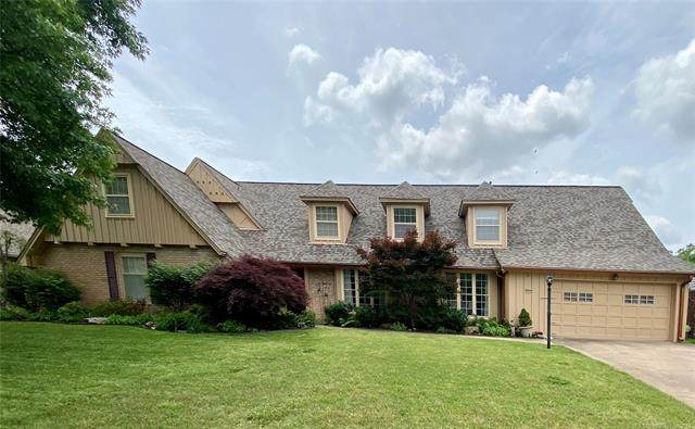6040 E 57th Place, Tulsa, OK 74135 (#2129213) :: Homes By Lainie Real Estate Group