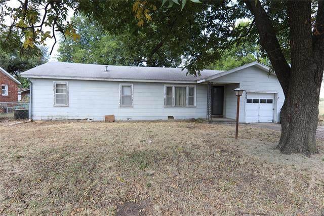 533 NE Elmhurst Avenue, Bartlesville, OK 74006 (MLS #2129252) :: Hopper Group at RE/MAX Results