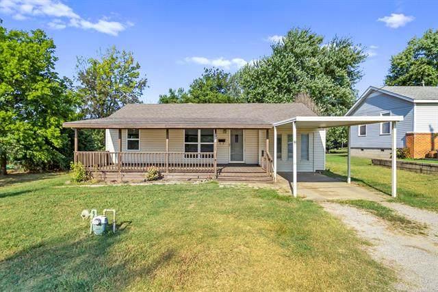 702 N 15th Street, Collinsville, OK 74021 (MLS #2129344) :: 918HomeTeam - KW Realty Preferred