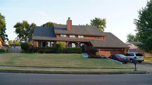 2609 Williamsburg Street, Bartlesville, OK 74006 (MLS #2129466) :: Hopper Group at RE/MAX Results