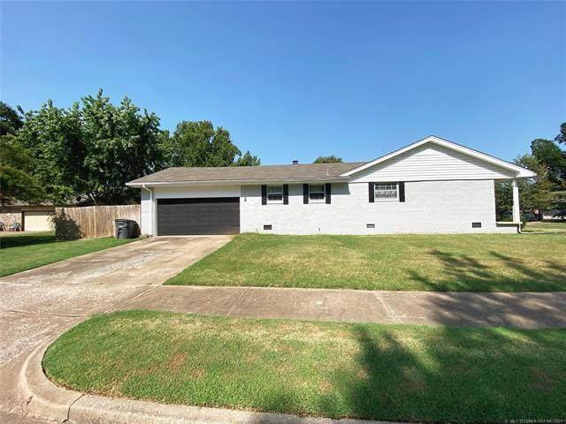 174 E 57th Street, Tulsa, OK 74105 (MLS #2130978) :: Owasso Homes and Lifestyle