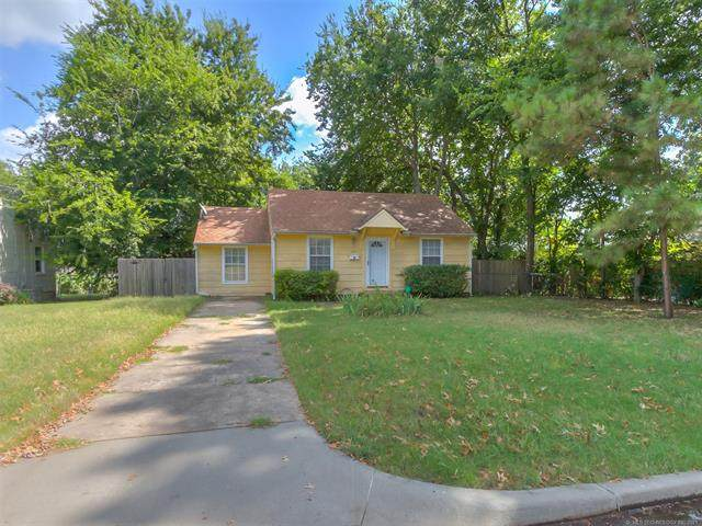 1239 S Erie Avenue, Tulsa, OK 74112 (MLS #2131036) :: Hopper Group at RE/MAX Results