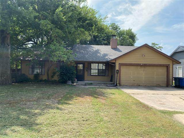 2704 W 39th Street, Tulsa, OK 74107 (MLS #2131039) :: Active Real Estate