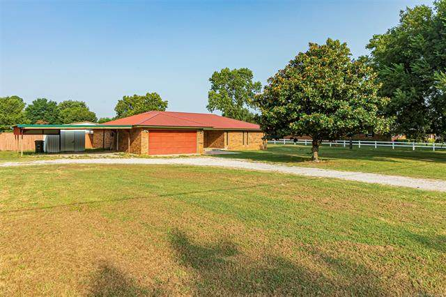 4059 Foxden Road, Lone Grove, OK 73401 (MLS #2131105) :: Owasso Homes and Lifestyle