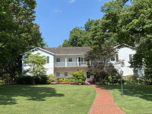 2840 S Victor Avenue, Tulsa, OK 74114 (MLS #2131475) :: Hopper Group at RE/MAX Results