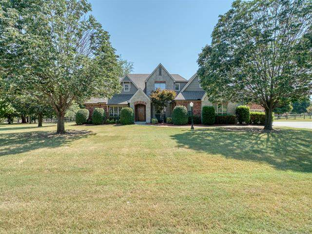 7267 N 197th East Avenue, Owasso, OK 74055 (MLS #2131861) :: Hopper Group at RE/MAX Results