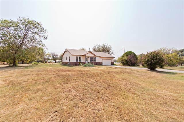 15920 E Newton Place, Catoosa, OK 74116 (MLS #2132014) :: Owasso Homes and Lifestyle