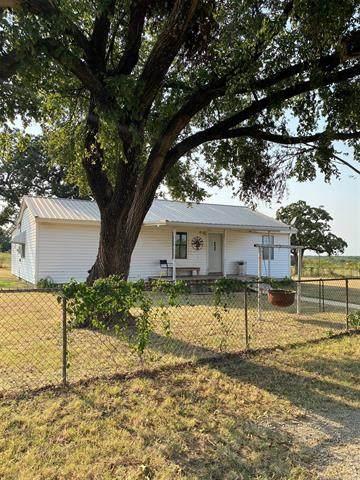5245 Wildflower, Healdton, OK 73438 (MLS #2132015) :: Owasso Homes and Lifestyle