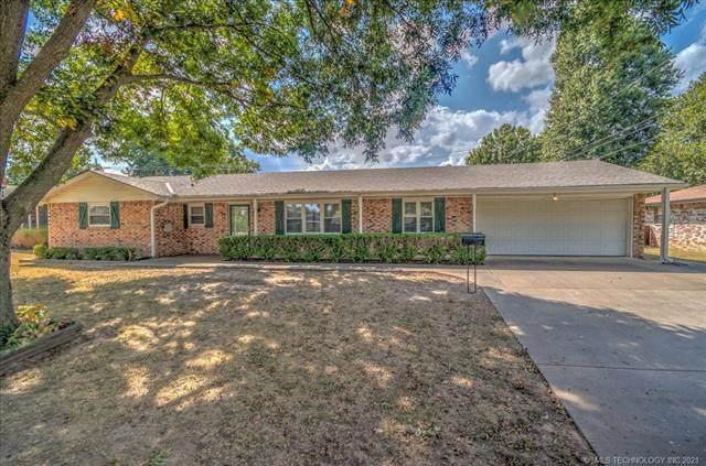 1641 Macklyn Lane, Bartlesville, OK 74006 (MLS #2132048) :: Active Real Estate