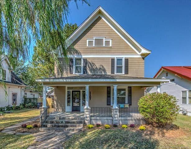 1107 S Keeler Avenue, Bartlesville, OK 74003 (MLS #2132138) :: Active Real Estate