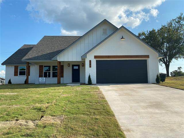 2306 Piney Point Avenue, Okmulgee, OK 74447 (MLS #2132201) :: Hopper Group at RE/MAX Results