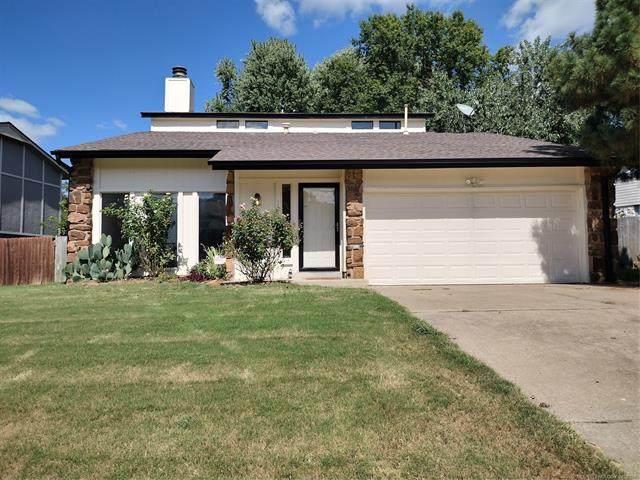 2733 S Beech Avenue, Broken Arrow, OK 74012 (MLS #2132256) :: 918HomeTeam - KW Realty Preferred