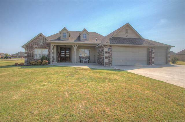 14375 N 62nd East Avenue, Collinsville, OK 74021 (MLS #2132291) :: Owasso Homes and Lifestyle