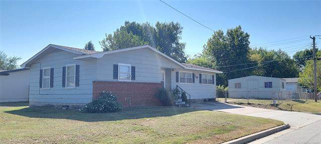 1950 W 49th Street, Tulsa, OK 74107 (MLS #2132385) :: Hopper Group at RE/MAX Results