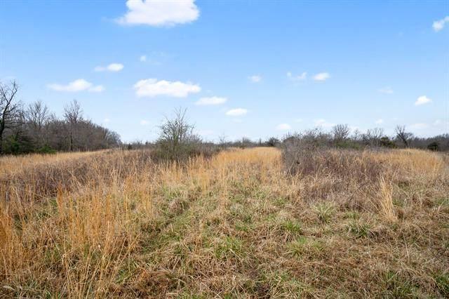 24703 N 3950 Road, Ramona, OK 74061 (MLS #2132440) :: Active Real Estate
