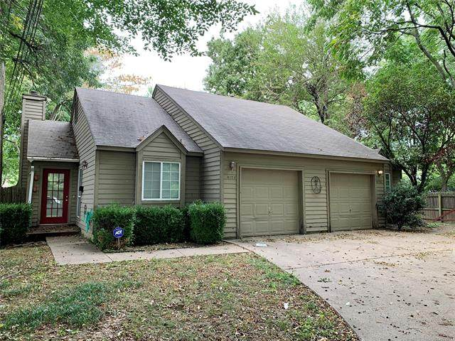 4128 S Madison Avenue, Tulsa, OK 74105 (#2132470) :: Homes By Lainie Real Estate Group