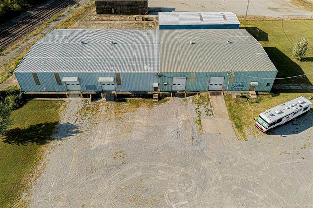 112 2nd Avenue, Ardmore, OK 73401 (MLS #2132512) :: Active Real Estate