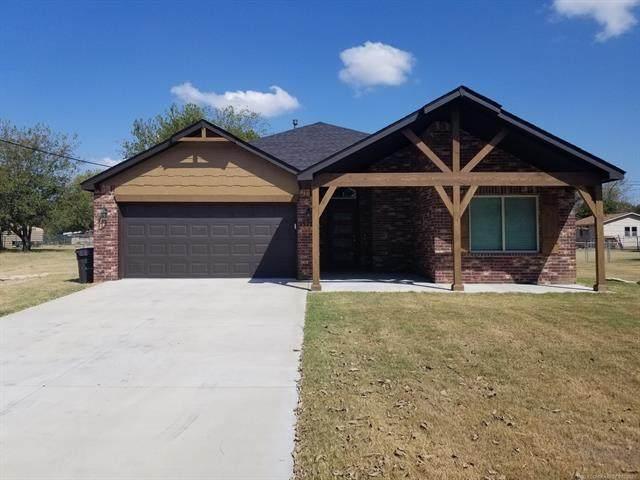 15703 E Newton Place, Tulsa, OK 74116 (MLS #2132567) :: 918HomeTeam - KW Realty Preferred