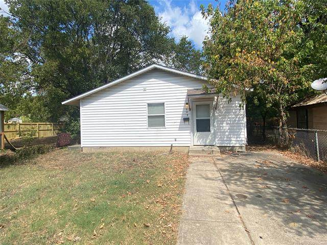 705 E Broadway Street, Ardmore, OK 73401 (#2132608) :: Homes By Lainie Real Estate Group