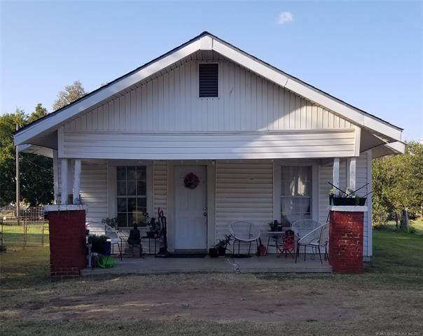 503 E Chickasaw, Marietta, OK 73448 (MLS #2132807) :: Hopper Group at RE/MAX Results