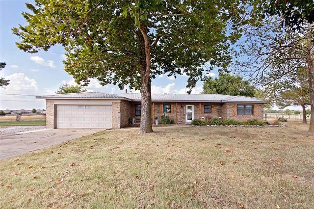 12111 E 107th Street N, Owasso, OK 74055 (MLS #2132850) :: Active Real Estate