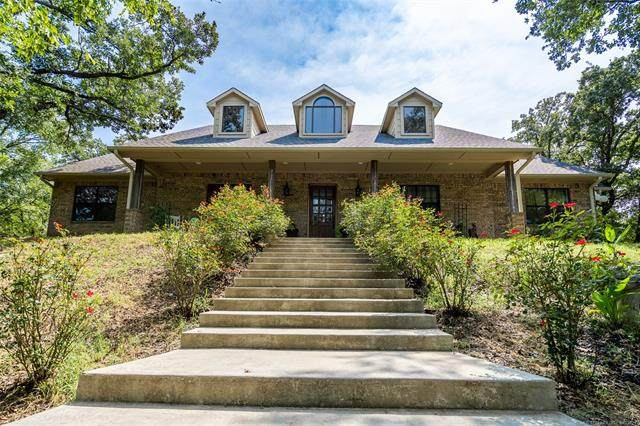 700 Young Road, Lone Grove, OK 73443 (MLS #2132954) :: Owasso Homes and Lifestyle